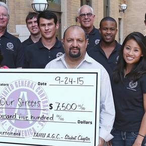 CoSci student-run golf tourney  earns thousands for nonprofits