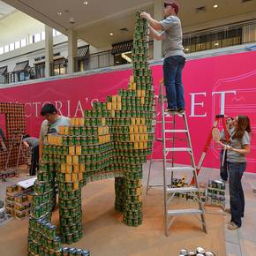 Students help firm build sculpture for SA 'Canstruction' competition