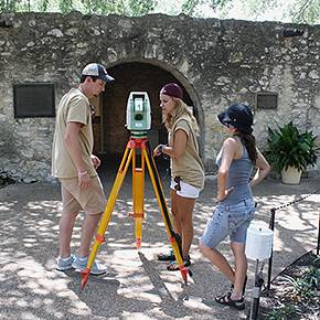 Associated Press report features CHC's Alamo preservation work