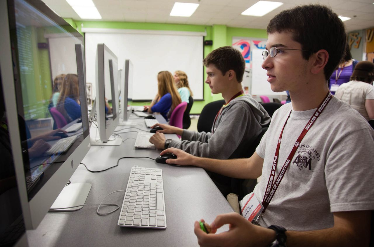 Camps offer kids intro to disciplines taught at college ...