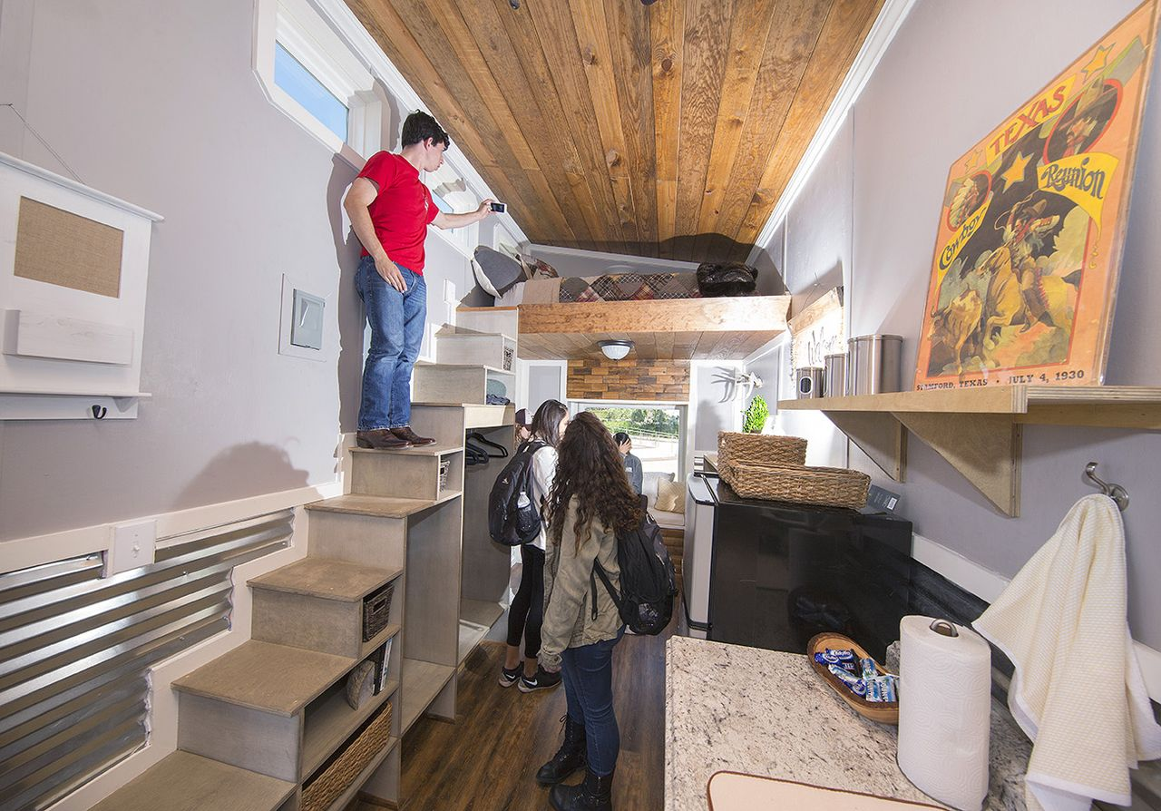 Student-designed, built \'tiny\' homes to house homeless - One|Arch